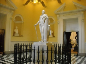 Statue of George Washington in the Virginia state capitol