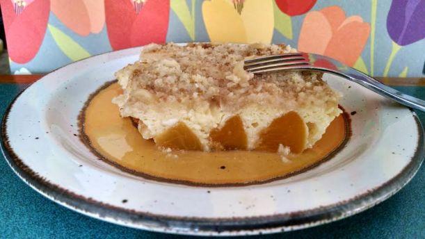 Peach kuchen 1