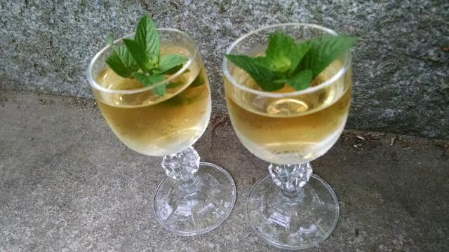 Mint infused brandy 2